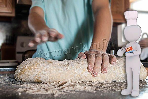 Клейковина создает эластичное, липкое тесто