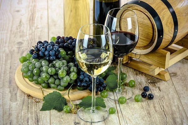 Виноград, используемый для приготовления вина, обладает своими, уникальными качествами