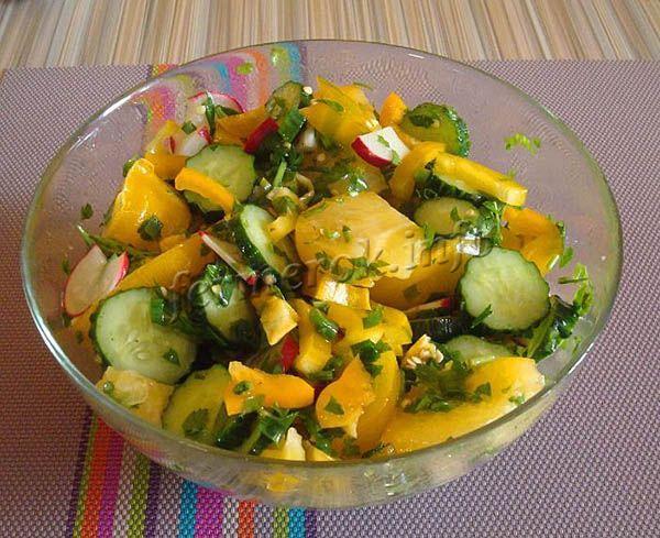 Томаты Золотое сердце можно использовать свежими, для приготовления летних салатов и закусок