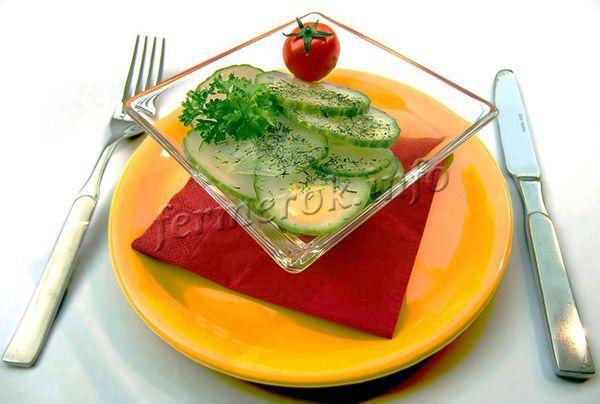 Огурцы Зозуля F1 чаще всего применяют для приготовления салатов и свежих закусок