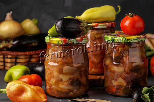 Острые баклажаны с томатом и чесноком